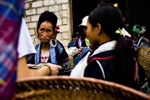 Hmong in Sapa-2