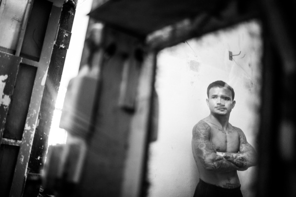 Documentary Photography Thailand Prison Boxing 02