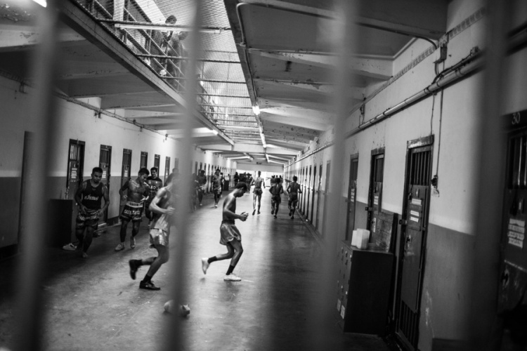 Documentary Photography Thailand Prison Boxing 07